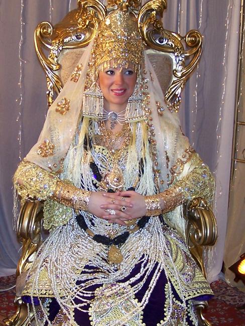 أزياء العروس الجزائرية Attachment